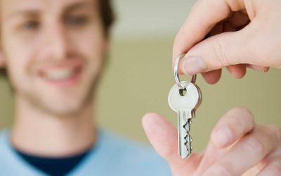Refaire sa clé de boîte aux lettres : en ligne ou chez un serrurier ?
